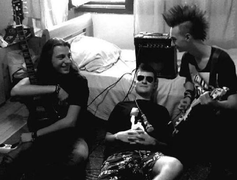 Pank bend iz Vranja traži bubnjara