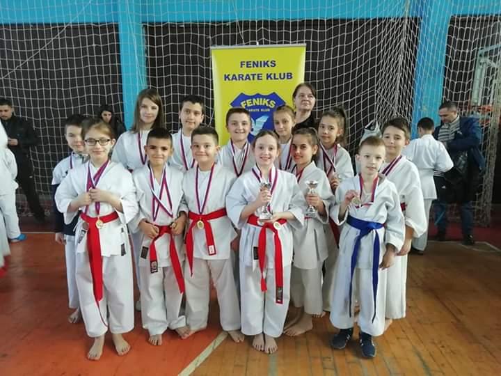 """Nove medalje za karate klub ,,Feniks"""" iz Vranja"""