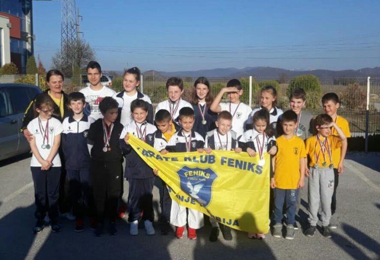 45 medalja za mlade FENIKSE