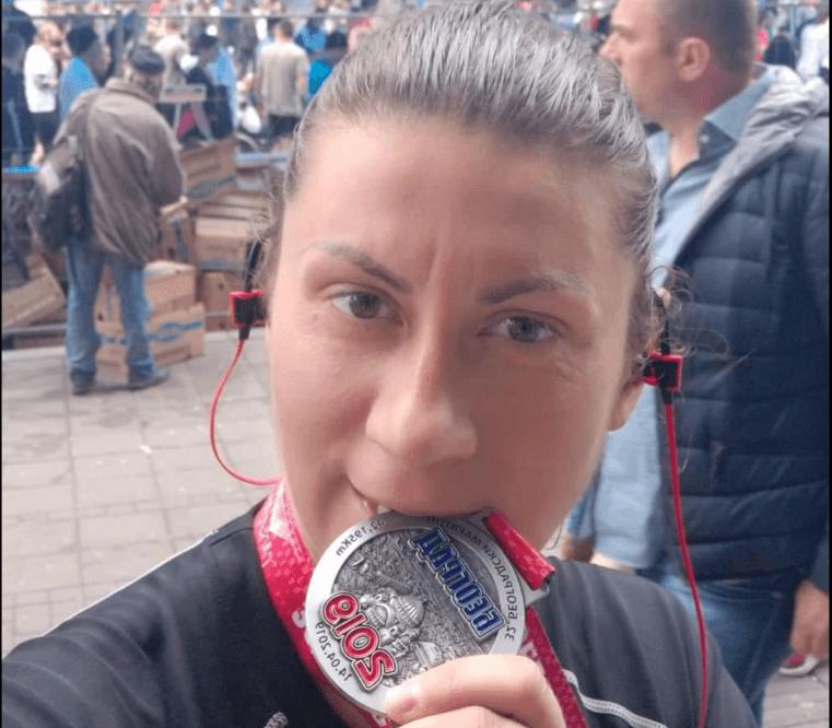 """Sanja Nakić trčala maraton u ime 4. brigade na ,,Beogradskom maratonu"""""""