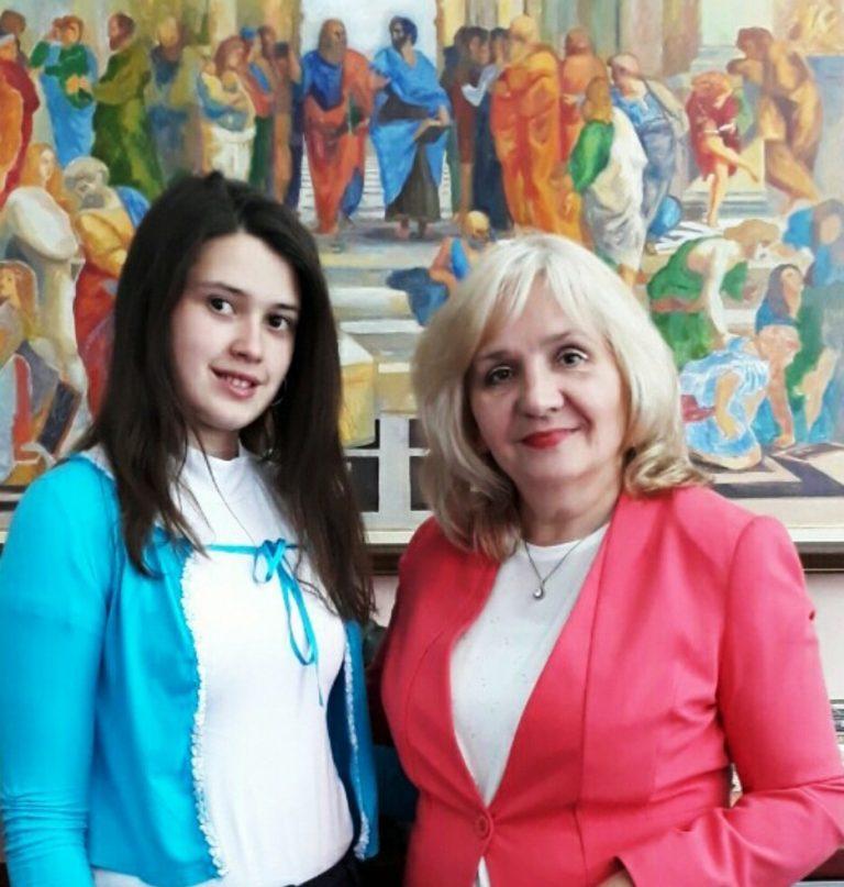Gimnazijalka Mihaela Milenković uspešna na takmičenjima iz geografije, istorije i književnosti
