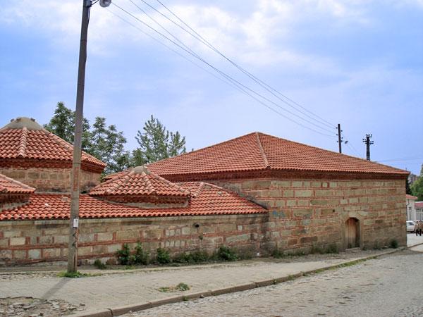 Iza zidina hamama