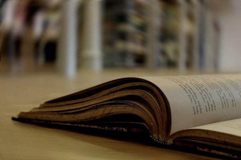 """,,Od čitanja se raste"""", novogodišnja humanitarna akcija"""