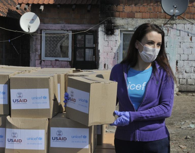 UNICEF, Crveni krst i USAID pružaju vitalnu podršku deci i porodicama kao odgovor na COVID-19