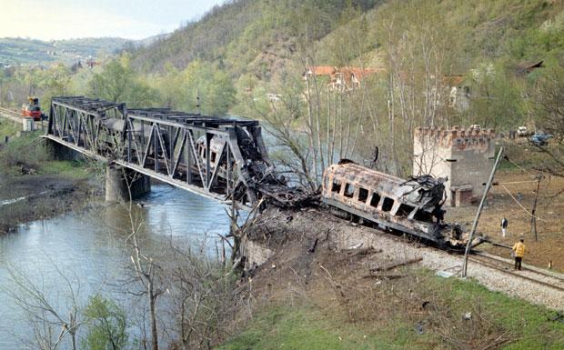 Godišnjica bombardovanja putničkog voza u Grdeličkoj klisuri od strane NATO pakta