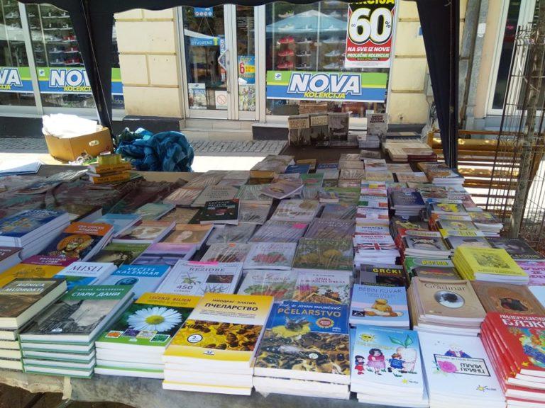 Sutra se otvara Salon knjiga na šetalištu Vranja